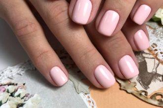 Мастер по полировке ногтевой пластины в салоне На Клавишах